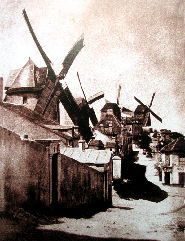 Moulins Montmartrois  dans Photographies du Paris d'hier et d'aujourd'hui gouttedor1482